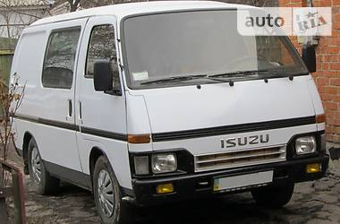 Isuzu Midi 1990 в Городищеві