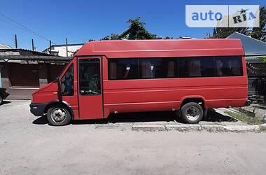 Микроавтобус (от 10 до 22 пас.) Iveco TurboDaily 2000 в Бердянске