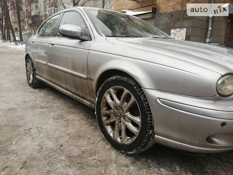 Jaguar X-Type 2003 года в Киеве