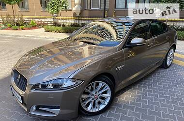 Jaguar XF 2015 в Киеве