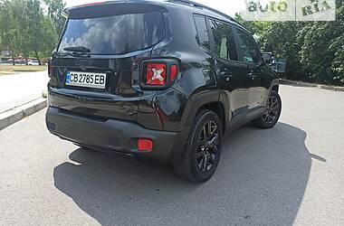 Внедорожник / Кроссовер Jeep Renegade 2016 в Чернигове