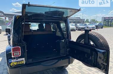 Внедорожник / Кроссовер Jeep Wrangler 2012 в Мукачево