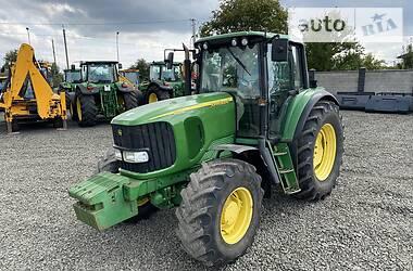 Трактор сельскохозяйственный John Deere 6520 2005 в Луцке
