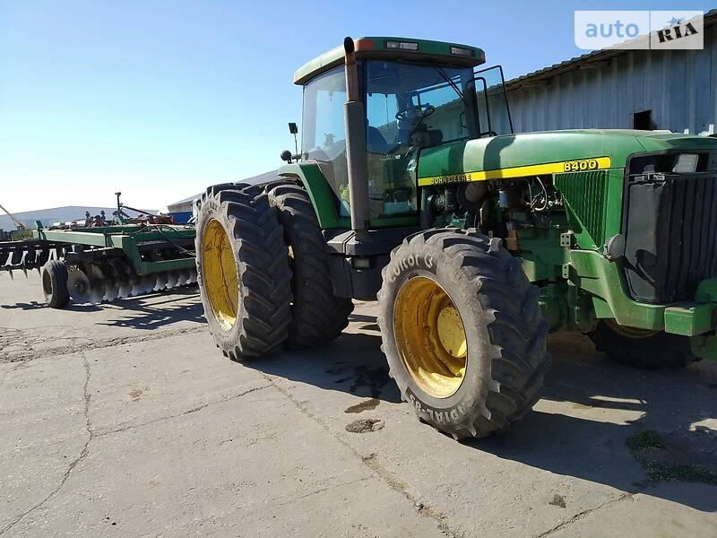 Трактор сільськогосподарський John Deere 8400 1998 в Каховці