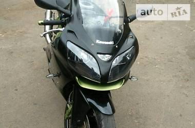 Kawasaki ZX 600 j1 2000