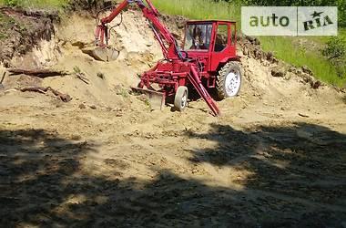 Трактор сельскохозяйственный ХТЗ Т-16МГ 1991 в Кицмани