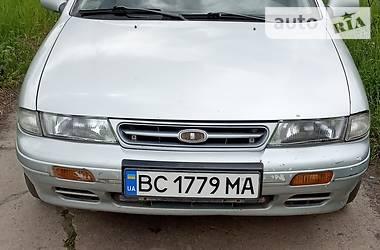 Седан Kia Sephia 1995 в Львове