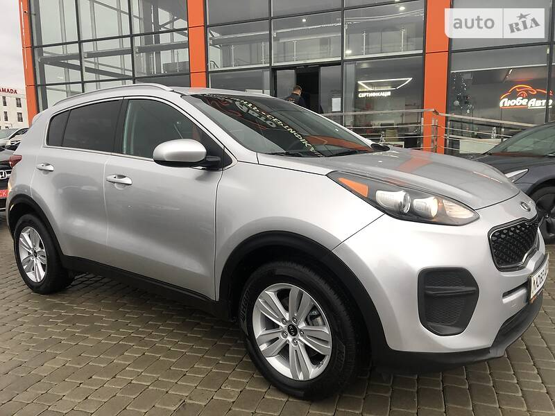 https://cdn3.riastatic.com/photosnew/auto/photo/kia_sportage__368228833f.jpg