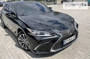 Седан Lexus ES 250 2020 в Киеве