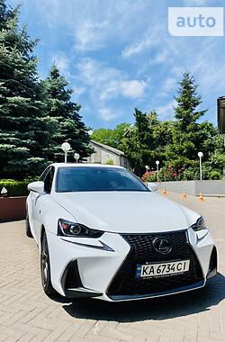 Седан Lexus IS 300 2017 в Києві