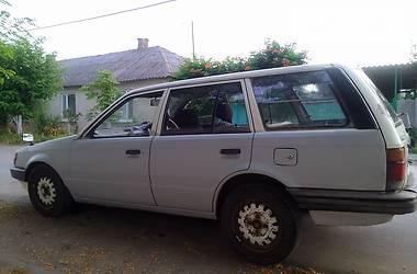 Mazda 323 1987 в