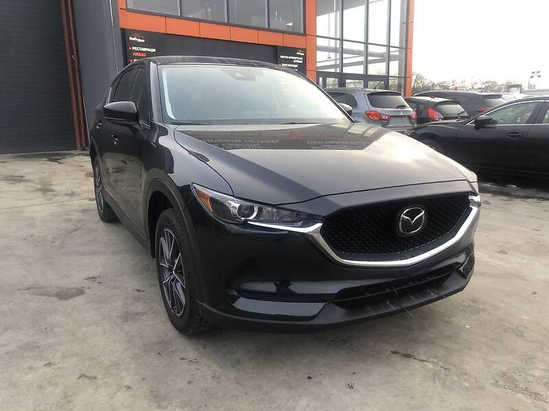 https://cdn3.riastatic.com/photosnew/auto/photo/mazda_cx-5__365162328f.jpg