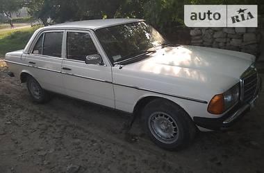 Mercedes-Benz 200 1984 в Тернополе