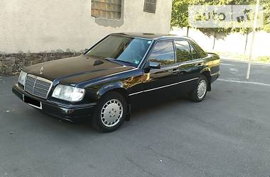Mercedes-Benz 200 1986 в Ужгороде