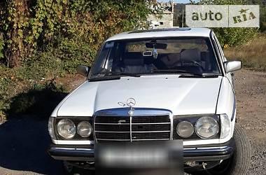 Mercedes-Benz 200 1982 в Мукачево