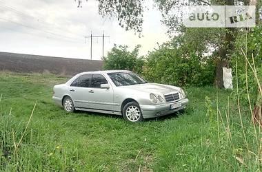 Mercedes-Benz 210 1996 в Черновцах