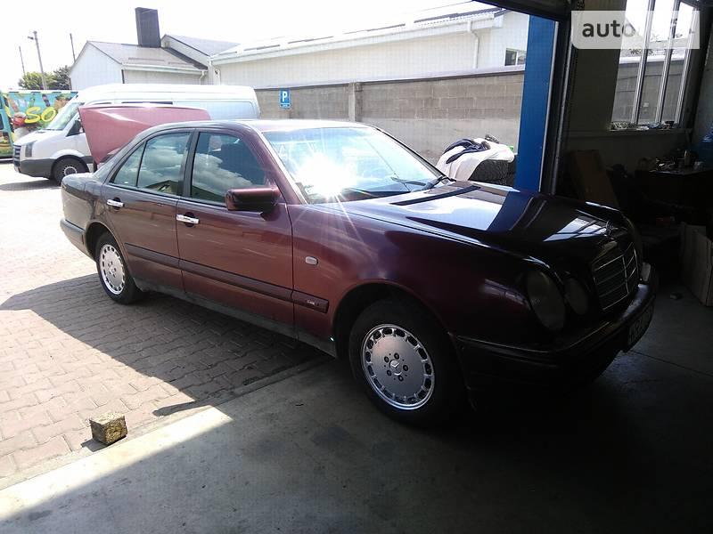 Mercedes-Benz 210 1995 в Луцьку