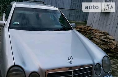 Mercedes-Benz 220 1996 в Львове