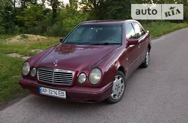 Mercedes-Benz 220 1998 в Черкассах