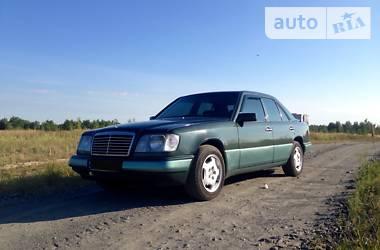 Mercedes-Benz 220 1994 в Буче