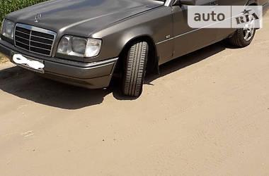 Mercedes-Benz 220 1993 в Харкові