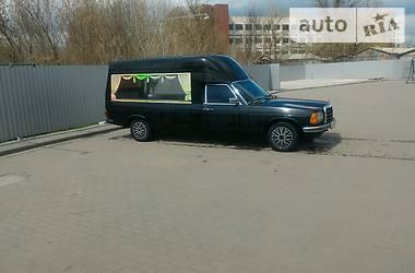 Mercedes-Benz 2222 1981 в Смеле