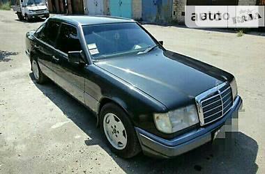 Mercedes-Benz 230 1990