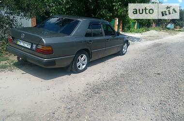 Mercedes-Benz 230 1988 в Кропивницком
