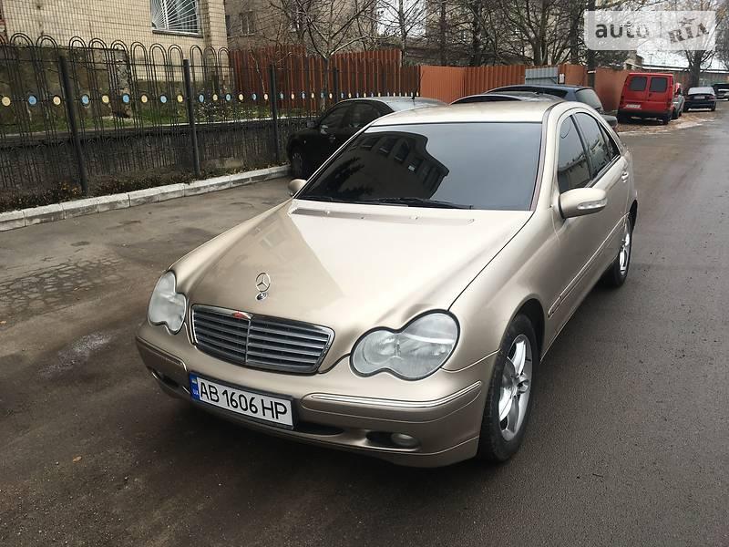 Седан Mercedes-Benz C 200 2002 в Вінниці