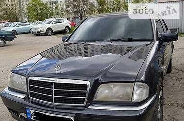 Седан Mercedes-Benz C 230 1998 в Киеве