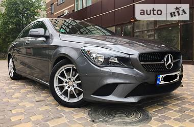 Mercedes-Benz CLA 180 2016