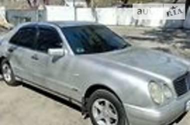 Mercedes-Benz E 200 1998 в Днепре