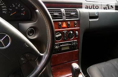 Mercedes-Benz E 200 2001 в Бучаче