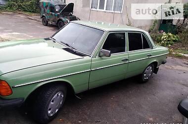 Mercedes-Benz E 200 1980 в Одессе