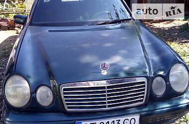 Седан Mercedes-Benz E 200 2000 в Коломые