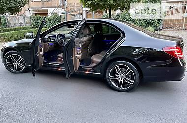 Седан Mercedes-Benz E 200 2017 в Киеве