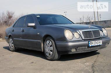 Mercedes-Benz E 220 1996 в Одессе