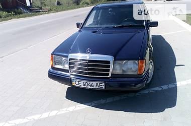 Mercedes-Benz E 220 1986 в Черновцах