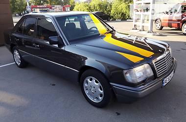 Mercedes-Benz E 220 1995 в Киеве