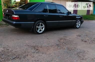 Mercedes-Benz E 220 1993 в Бахмуте