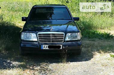 Mercedes-Benz E 220 1993 в Харькове