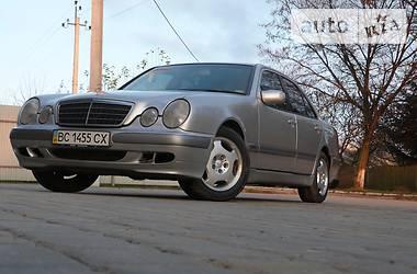 Mercedes-Benz E 220 2001 в Львове