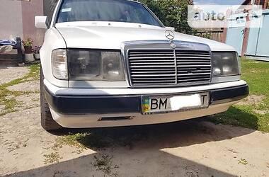 Mercedes-Benz E 260 1987 в Тростянце