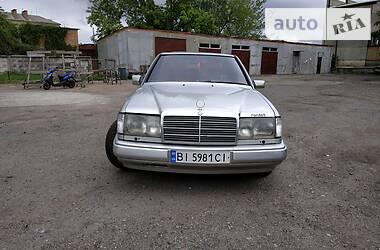 Mercedes-Benz E 260 1987 в Гребенке