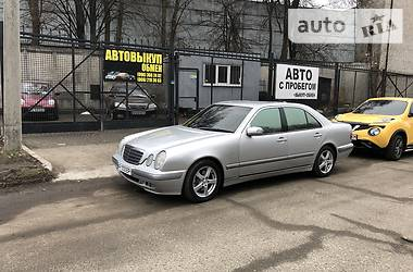 Mercedes-Benz E 270 2000 в Запорожье