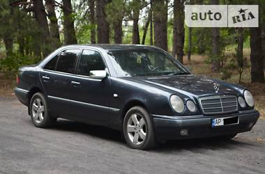Mercedes-Benz E 280 1997 в Запорожье