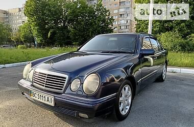 Седан Mercedes-Benz E 280 1998 в Львове
