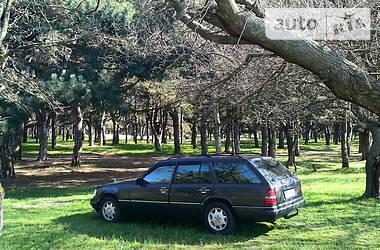 Mercedes-Benz E 300 1991 в Херсоне