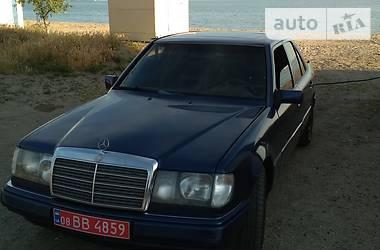 Mercedes-Benz E 300 1991 в Запорожье