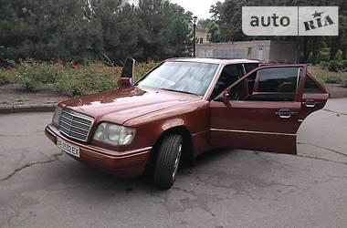 Mercedes-Benz E 300 1994 в Кривом Роге